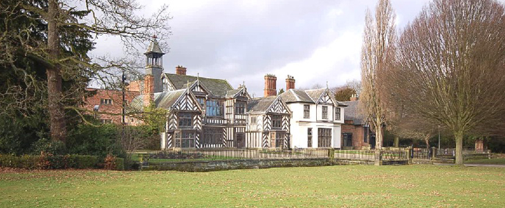 Wythenshawe-Hall-RogerDeans